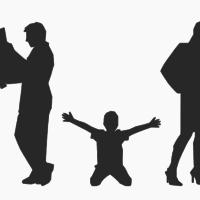 ¿Quién se queda con la casa en un divorcio con hijos mayores?