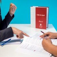 ¿Se puede acceder al correo electrónico de un trabajador despedido?